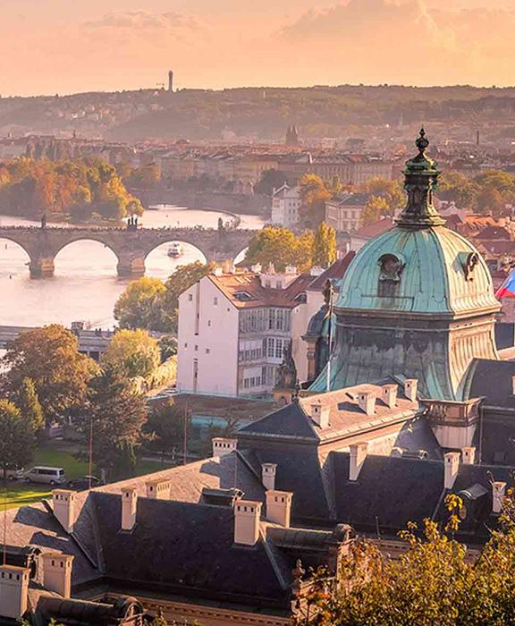 Tschechische Republik Reisen & Urlaub【ᐅ】2021 / 2022 buchen